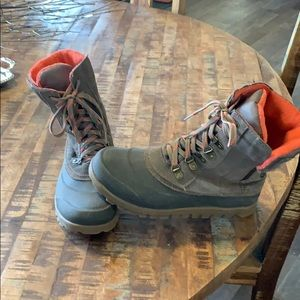 Baretraps winter boots
